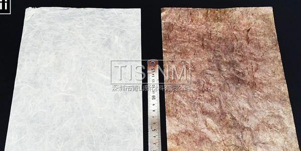 左边为一般纸张,右边为嵌入金属纳米粒子的导电纸