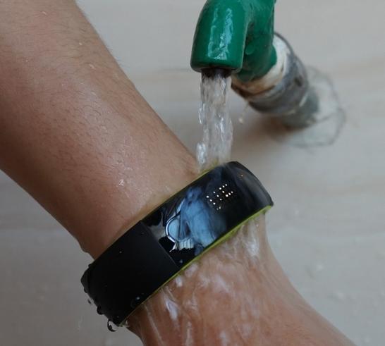 智能手表手环使用纳米涂层轻松实现防水防潮防腐蚀
